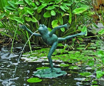 Brass Baron Leaping Frog